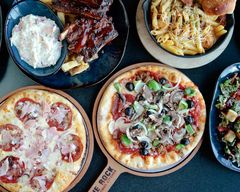 The Rock Wood Fired Pizza (Kennewick)