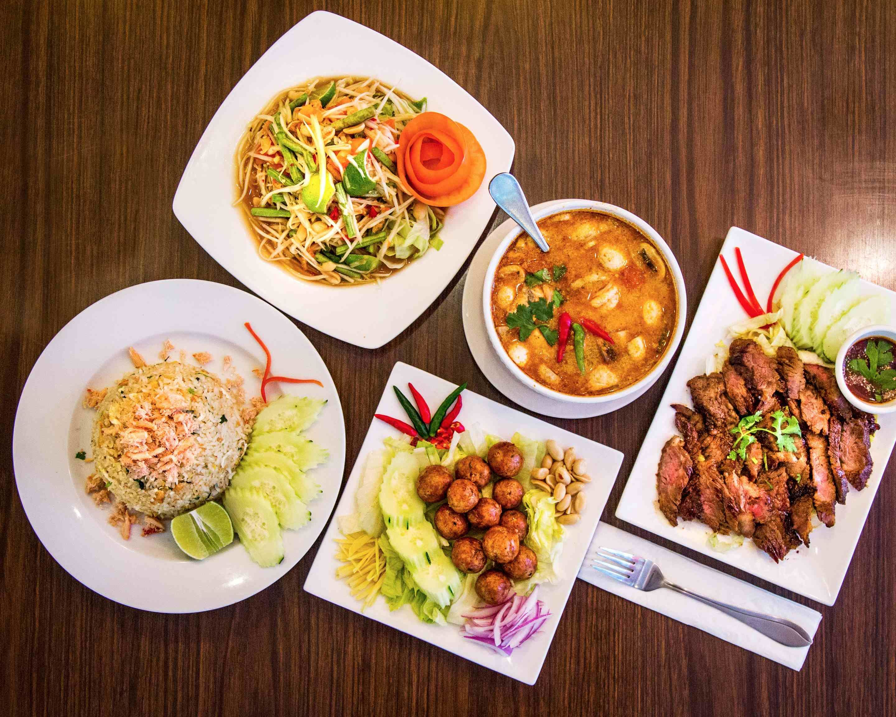 Order Paula S Thai Kitchen Delivery Online Chicago Menu Prices Uber Eats