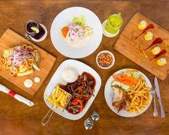 La Licuadora Peruvian Food
