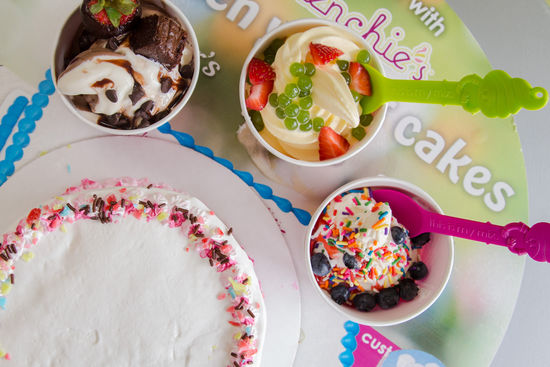Menchie's Frozen Yogurt (9530 Feather Grass Ln)