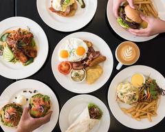 Cafe Club & Bakery