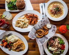 Mona's Burgers and Shakes (Oak Grove Rd)