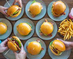 Hamburger Pakenham