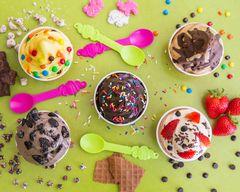 Menchie's Frozen Yogurt (8046 La Mesa Blvd)