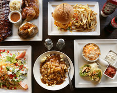 Roasters BBQ Grill (Marche Atwater)