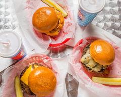 Wisco Burger (1st St & Bruce)