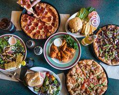 Lamppost Pizza (Irivine)