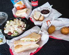 Julio's Sandwich Shop
