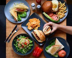 Linx Bar & Grill