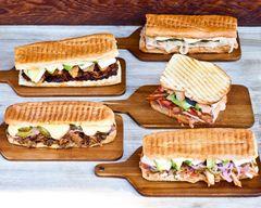 Which Wich Superior Sandwiches (8110 Louisiana Blvd NE)