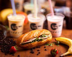 トゥイモックカフェ THUY MOC CAFE