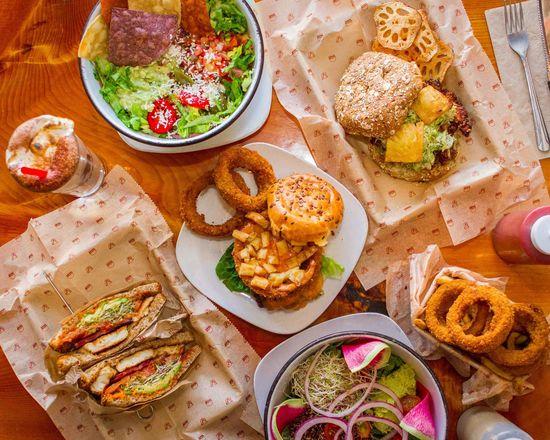 Bareburger (455 Chestnut Ridge Rd)
