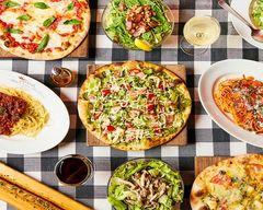"""イタリアンダイニング サムシング本店 Italian restaurant """"SOMETHING"""""""