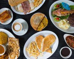 Reys Cuban Cafe