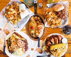 Buffalo's Cafe (910 Athens Hwy.)