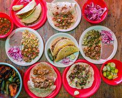 Tacos de Guisado Panduro Suc. L. Montejano