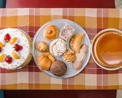 La Fiesta Bakery