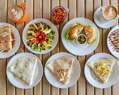 Toulousse Café Gourmet & Crepes