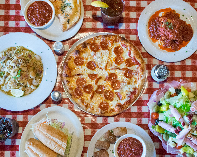Order Filippi's Pizza Restaurant and Bar Delivery Online ...
