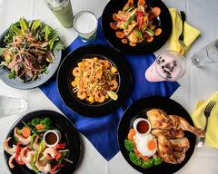 Manola's Thai