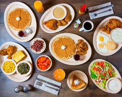 Roscoe's Chicken and Waffles (830 North Lake Avenue)