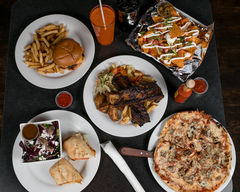 Eastwood's Grill & Lounge