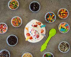 Menchie's Frozen Yogurt (2721 Preyde Blvd)