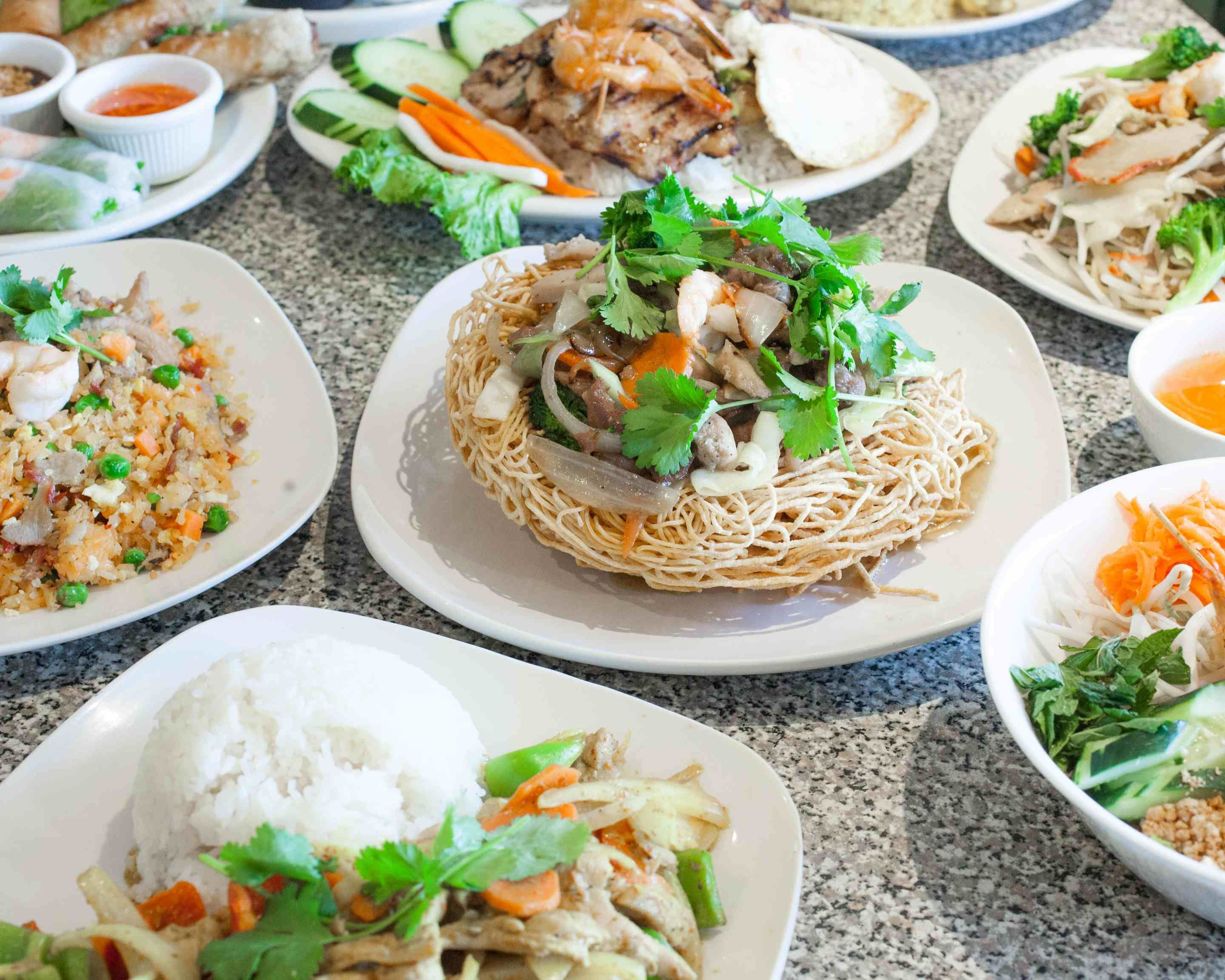 Linh Son Restaurant Delivery | Federal Way | Uber Eats