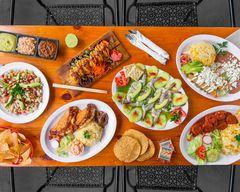 Palapas Marisqueria & Sushi