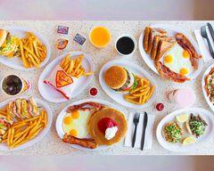 Tom's Jr. Burgers - Compton, CA