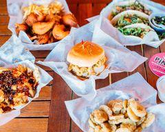 Pinky's Westside Grill (Huntersville)