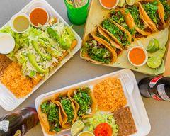 Cesar's Tacos - 1106 W Davis St
