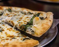 Q King Pizza