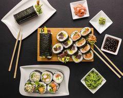 Fresh Roll Sushi