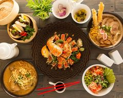 Kubo Asian Fusion Street Food and Sushi