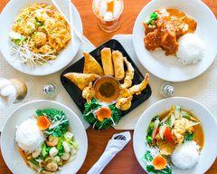 Aroy Thai and Sushi (Seminole)