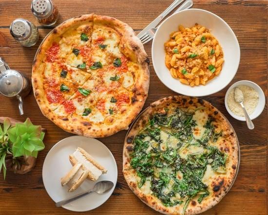 The Grand Pizzeria & Bar